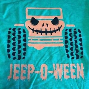 Jeep-O-Ween graphic t shirt new.